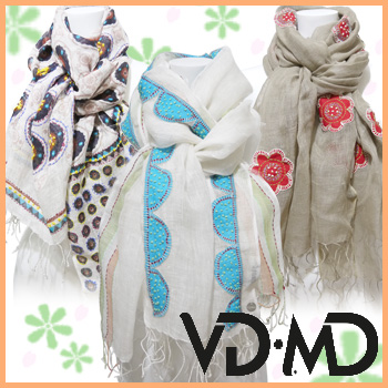 VD・MDは、インドに定住するデザイナーMarie GOZARD主導により2007に設立された、フランスファッションの職人や村の伝統的な技術、そして情熱を発信するブランドです。