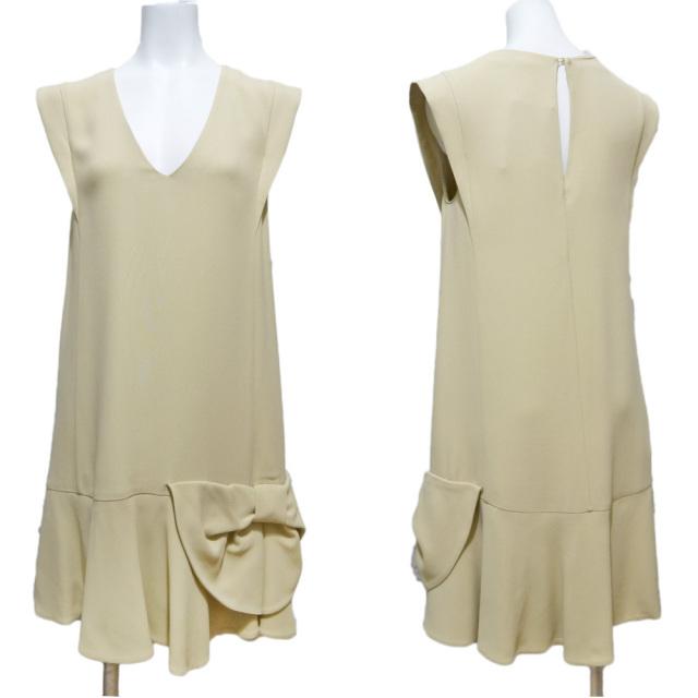 ミュウミュウ リボンが可愛い Vネックジャンパースカート(ワンピース) ベージュ #40 miu miu