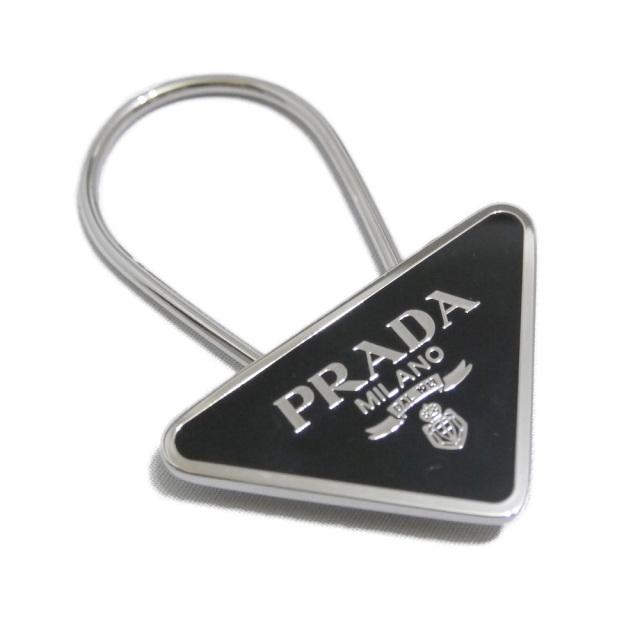 プラダ 三角ロゴキーホルダー 黒×シルバー PRADA