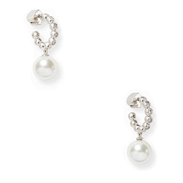 ケイトスペード 大粒パールピアス(modern pearls drop huggies) kate spade